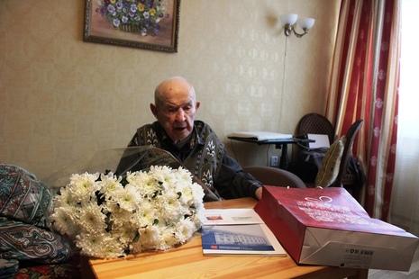 Жителю г. Ломоносова, Николаю Николаевичу Шенько – 100 лет! Присоединяемся к поздравлениям!