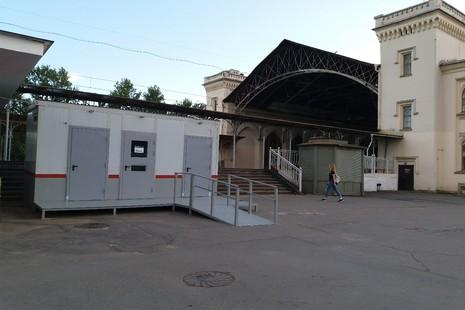 Туалетные кабины на Привокзальной площади размещены незаконно